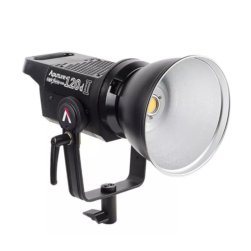 Light Storm 120D Mark II